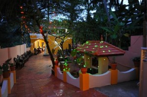 Pictures-of--House-for-sale-near-poojappura
